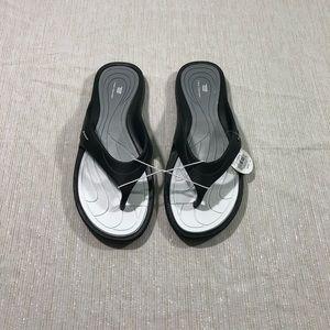 Tek Gear flip flops